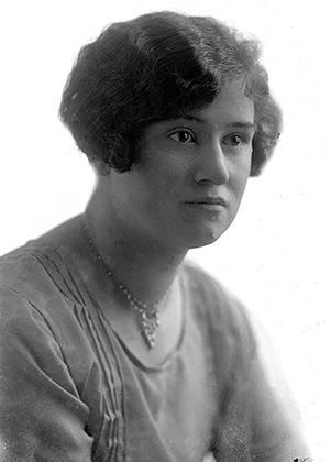 Helen Battle
